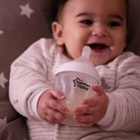 Bottle Feeding Hints and Tips